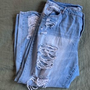 Refuge Ripped Jeans / size 20